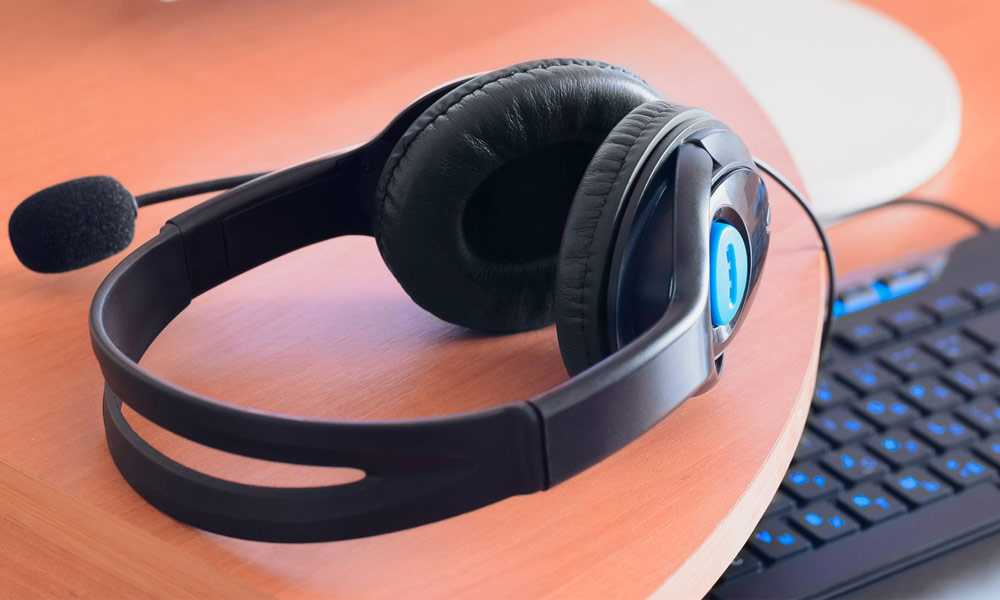 the best headphones for work at home often will have a mic